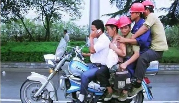 memes de motos - 5 tipos en una moto