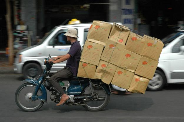 memes de motos - carga gigante