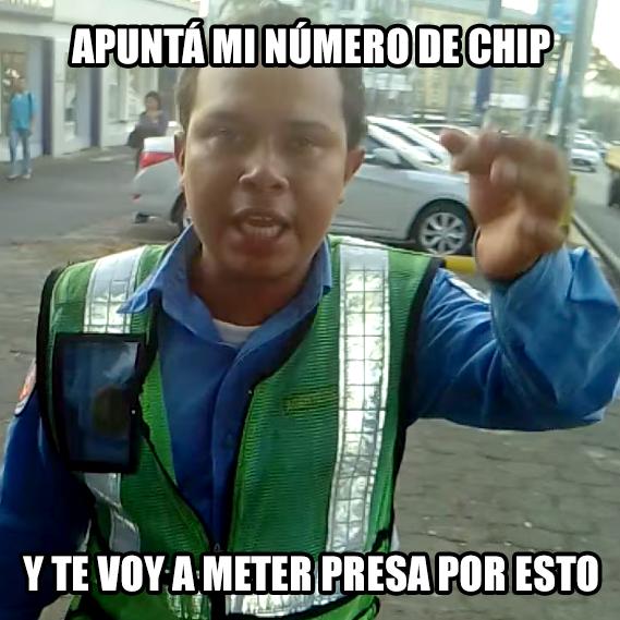memes de policias - apunta mi numero