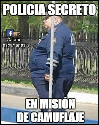 memes de policias - policia secreto