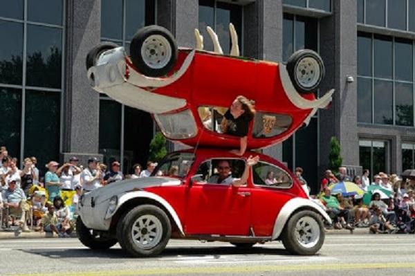 imagenes-graciosas-de-autos-doble-carro