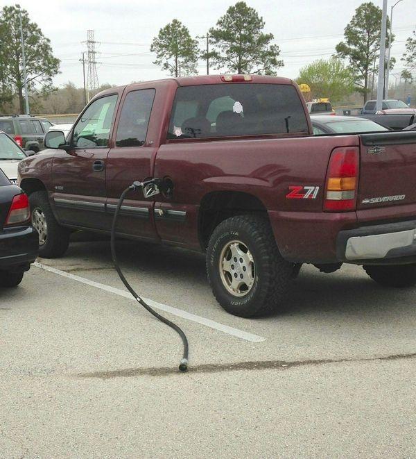 imagenes raras y graciosas a la ves - gasolina